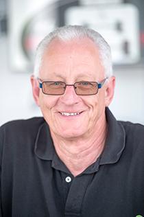 J. Stricker, Service-Aufnahme Kundenbetreuung